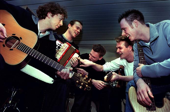 20 jaar na de nummer 1-hit Onderweg houdt Abel een eenmalige reünie. Tijdens Breda Live 2020 treedt de band zowel op vrijdag als op zaterdag op.