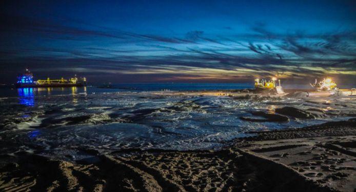 Wouter Kaas maakte deze foto van de zandsuppletie in Westenschouwen.
