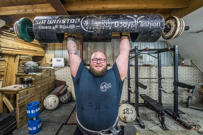Angelo van der Pas gaat voor de 200 kilo prestatie
