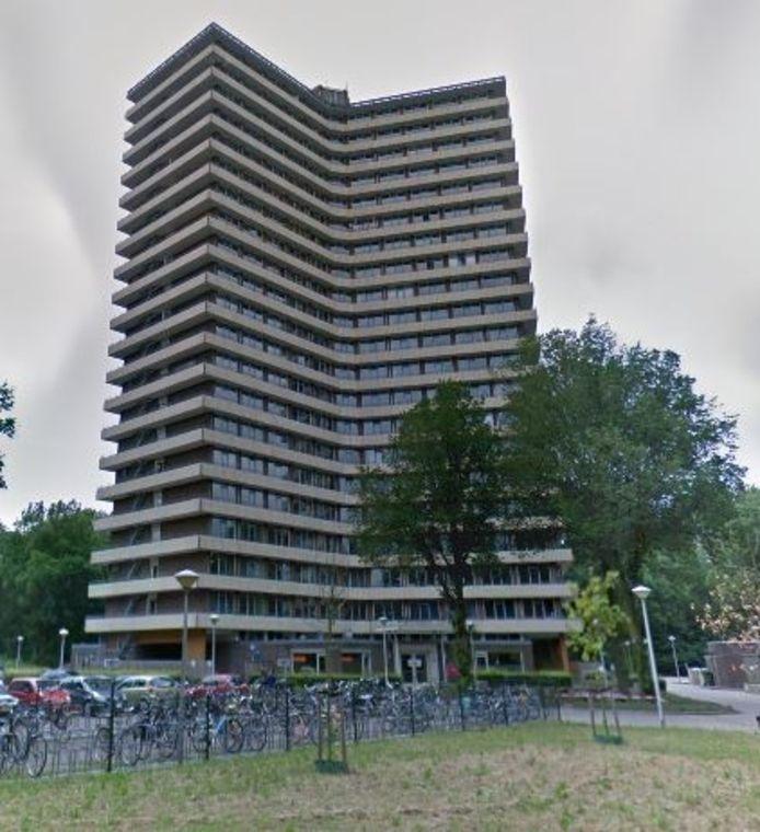 Naast de sterflat aan de Bornsesteeg in Wageningen moet een nieuw studentencomplex verrijzen.