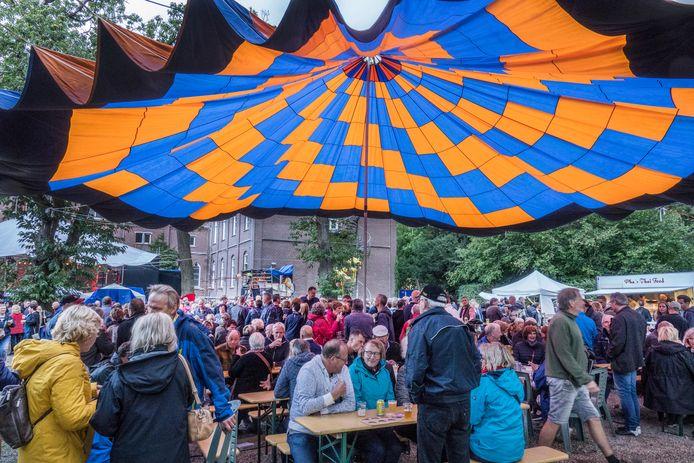 Woodstock @ Roepaen Festival. Zo druk gaat het bij Roepaen nog niet worden.