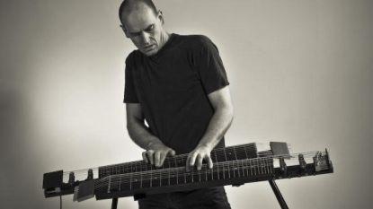 Levensverhaal. Jan Van Kelst (56): de dromer, de zoeker, de uitvinder van een instrument waarmee hij de wereld zou veroveren