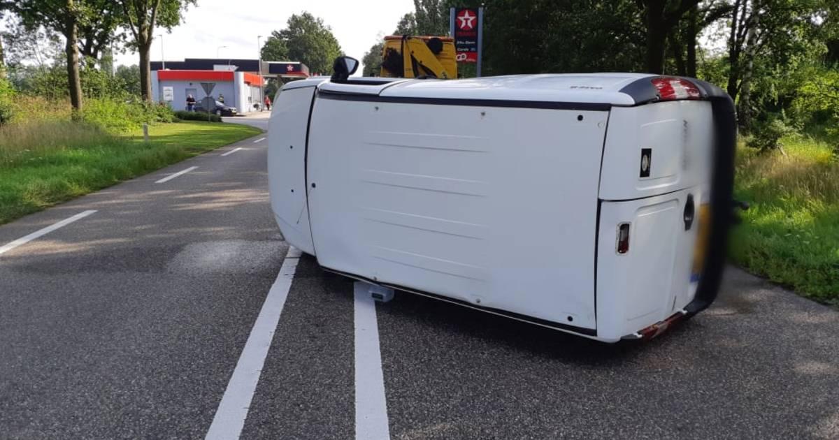 Opnieuw ongeluk op N18 bij Lichtenvoorde; bestelbus belandt op kant.