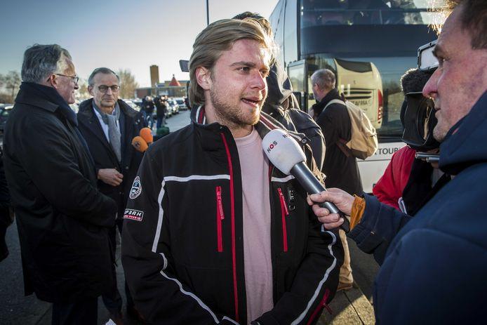Rector Floris Hamann van studentenvereniging Vindicat na de vervroegde terugkeer van zo'n negenhonderd leden van hun skivakantie in een corona-risicogebied in het Italiaanse Sestriere, begin maart.