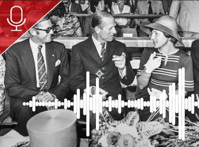 Pieter van Vollenhoven (links) en prinses Margriet (rechts) ontvangen prins Philip bij de opening van het WK vierspannen in 1976.