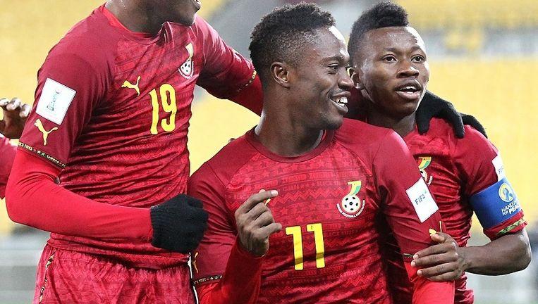 Attobrah (nummer 11) kwam ook uit voor de U21 Ghana