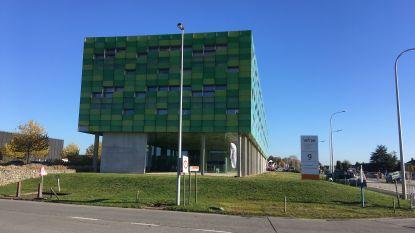 Vakbonden blokkeren toegangspoorten bij Infrax in Torhout