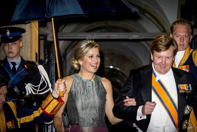 2018-04-24 23:07:50 AMSTERDAM - Koning Willem-Alexander en Koningin Maxima bij het jaarlijkse galadiner voor het Corps Diplomatique in het Koninklijk Paleis op de Dam in Amsterdam. ANP ROYAL IMAGES PATRICK VAN KATWIJK