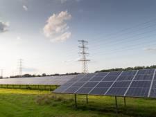 Bouw eerste grote zonnepark in Deventer is vertraagd door corona