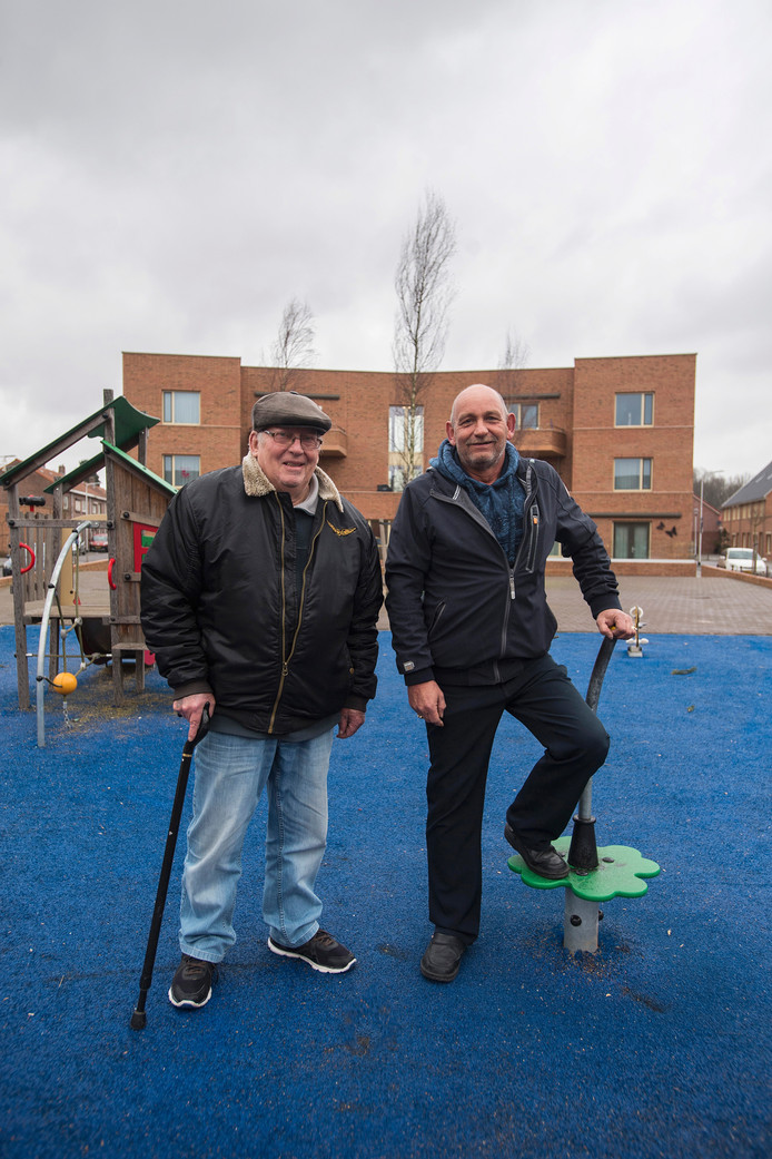 Jo Janssens en Jan de Fyter wonen in de Vogeltjesbuurt.