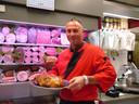 De slagerij van Sander Haak was lang beroemd vanwege het traditionele uierboord.