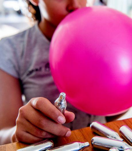 'Verkoop van lachgas in De Kazerne is absurd'