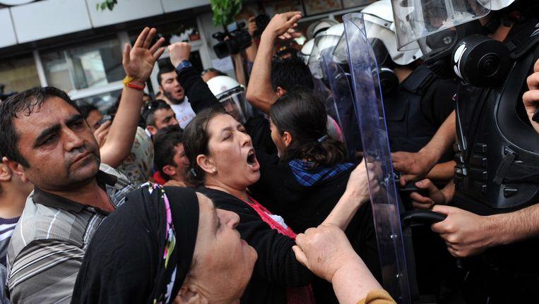 Mensen reageerden gisteren hevig nadat een onschuldige man werd neergeschoten in Istanboel.
