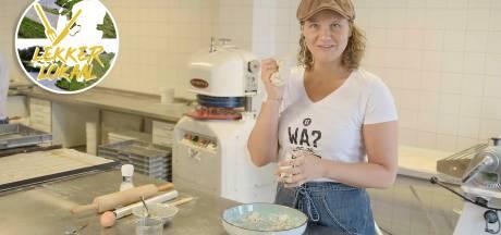 Zo maak je zelf echte Brabantse worstenbroodjes