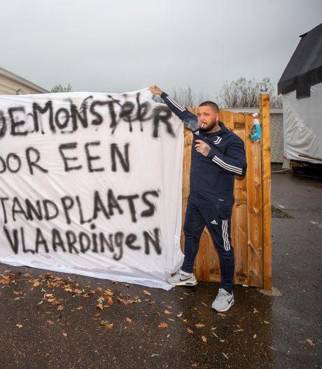 Piet en Danny zijn het zat: 'Meer woonwagens toestaan in Vlaardingen'
