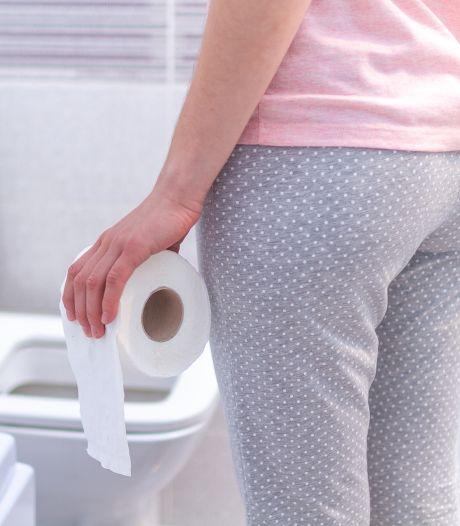 Zo kun je een wc-blokje óók ophangen: 'Ik was 34 jaar toen ik dit ontdekte'