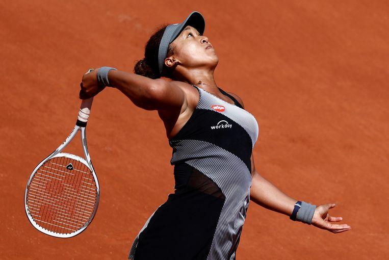 Naomi Osaka serveert in haar eerste ronde tegen Patricia Maria Tig. Beeld REUTERS