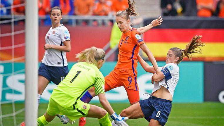 Nederland - Noorwegen, kans voor Vivianne Miedema, 16 juli. Beeld null