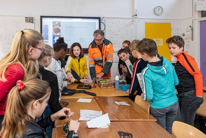 De School met de Bijbel in Nieuwerkerk. Archieffoto.