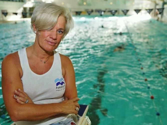 """Zwemcoach moet 10.000 euro aan steunmaatregelen terugbetalen omdat ze niet over eigen leslokaal beschikt: """"Onbegrijpelijk, ik huur al 15 jaar banen in het zwembad af voor mijn lessen, 800 euro per maand kost me dat"""""""