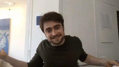 "Onze redactrice sprak met celebs in lockdown - DEEL 10. Daniel Radcliffe: ""Ik hou me vooral bezig met Lego"""