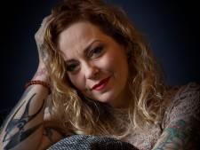 Metalpionier Anneke van Giersbergen pakt groots uit voor jubileum: 'Ik hou van uitersten'