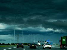 Automobilisten gewaarschuwd voor heftige buien na tropische dag