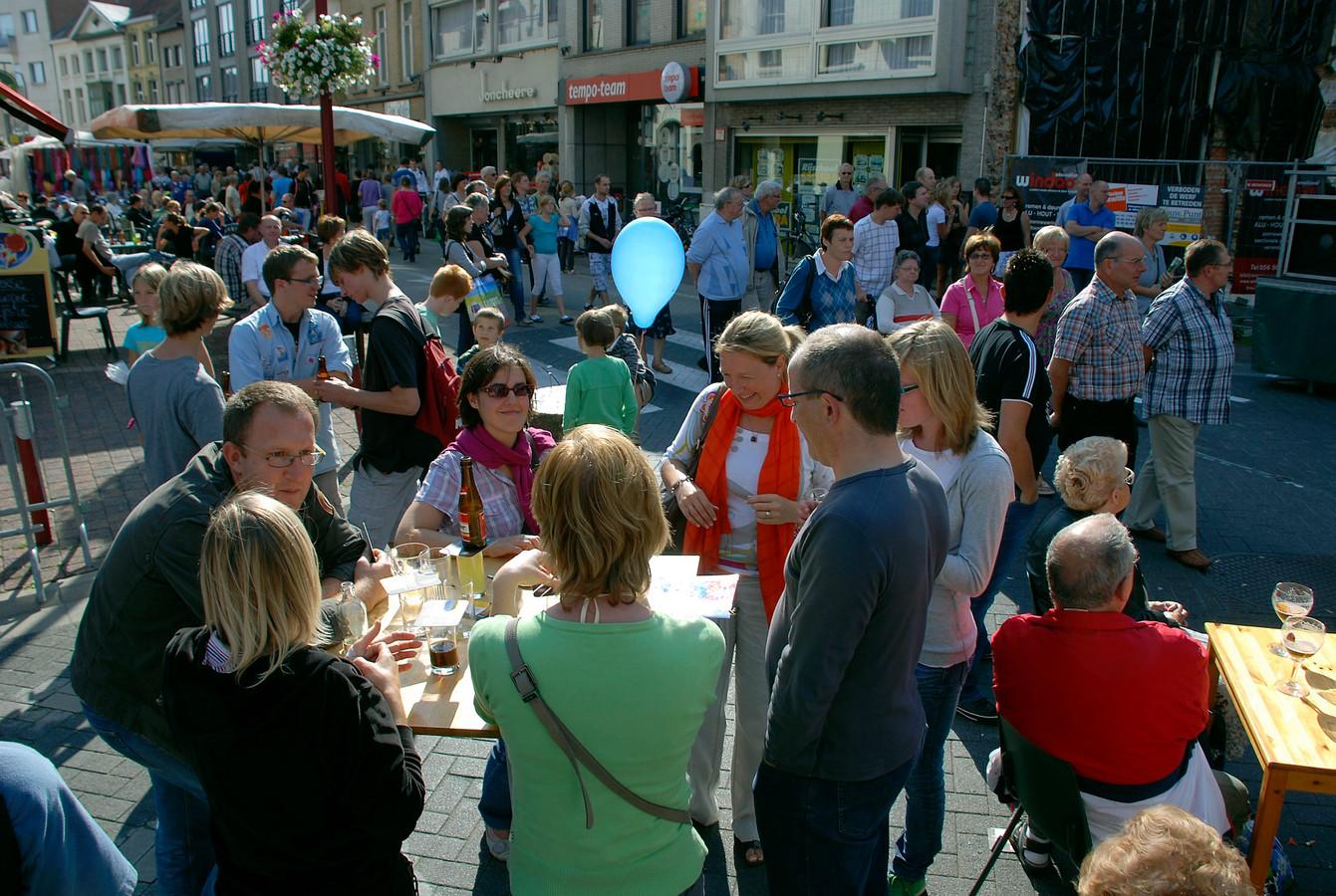 Menen: Braderie op de wieltjesfeesten in 2010
