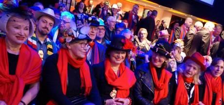 Harmonie Amicitia in Helmond krijgt voortaan advies van 22 wijze vrouwen