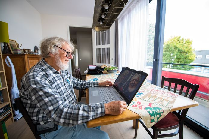 Alphenaar André Vrees (77) was criminelen die hem om geld vroegen te slim af.