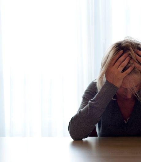 Piekeren, eenzaamheid en werkloosheid: Drenten en Groningers maken zich steeds minder zorgen over corona