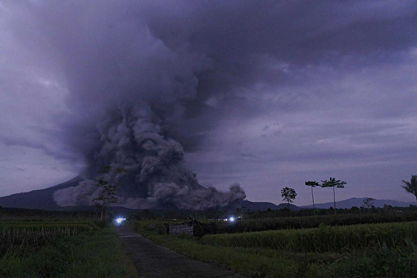 De Semeru is een van de actiefste vulkanen op het Indonesische eiland Java.
