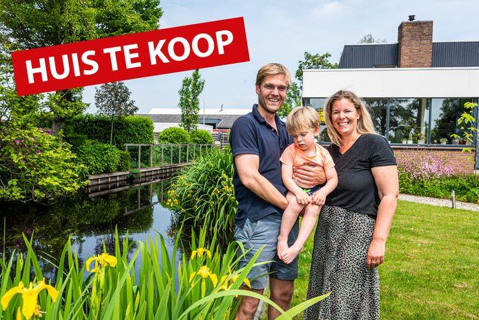 De woning aan de Biezen 74A in Boskoop van Erik, Eline en zoontje Friso staat te koop.