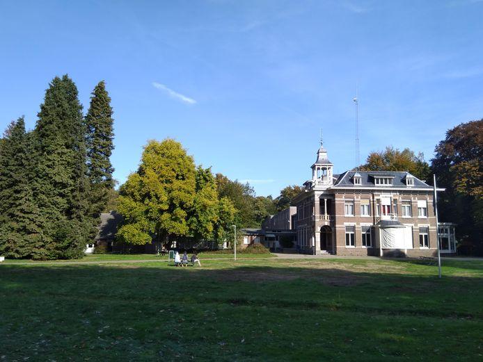 Het asielzoekerscentrum aan de Wageningse Keijenbergseweg.