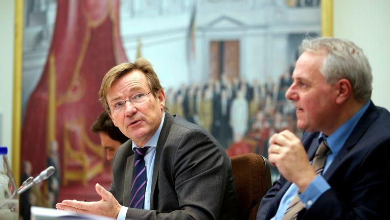 Minister van Financiën Johan Van Overtveldt (N-VA) en minister van Begroting Hervé Jamar (MR).