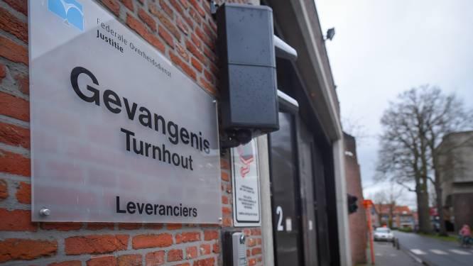 Gedetineerden weigeren terug binnen te gaan na avondwandeling in gevangenis Turnhout