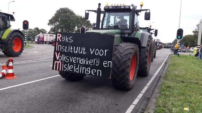Rijksinstituut voor Volksverlakkerij en Misleidingen.