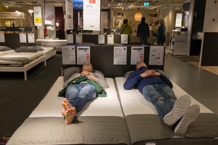 Boxspring Te Prijzig Bij Ikea Kun Je Straks Je Nieuwe Bed