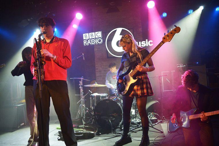Black Country, New Road tijdens optreden in maart 2020 in Londen.  Beeld Getty Images