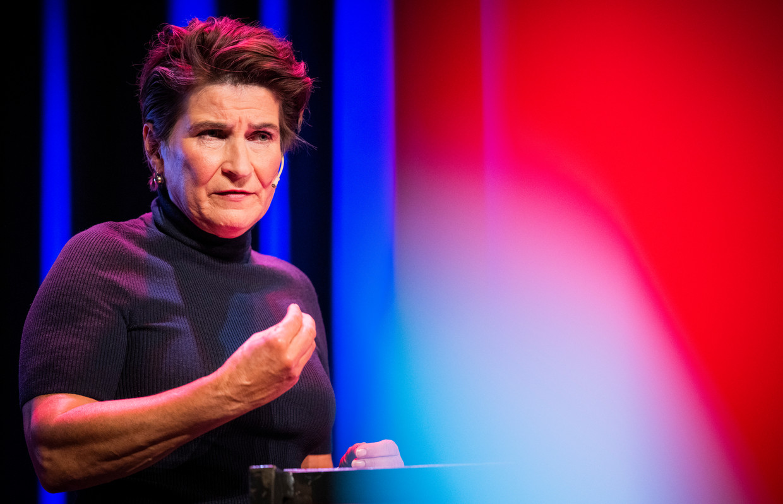 Lilianne Ploumen tijdens de politieke ledenraad van de PvdA, zaterdag in Zeist Beeld Freek van den Bergh / de Volkskrant