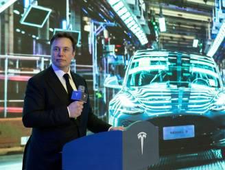 """Tesla ontkent dat auto's op hol slaan: """"Beleggers speculeren op koersdaling"""""""