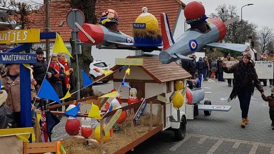 De Schavuitjes wonnen met 'Stuntpiloten' de eerste prijs in Kruisstraat.