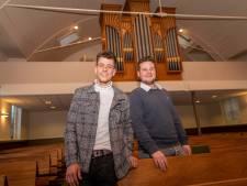 Getalenteerde neven Geert-Jan (21) en John (20) maken muziek met een missie