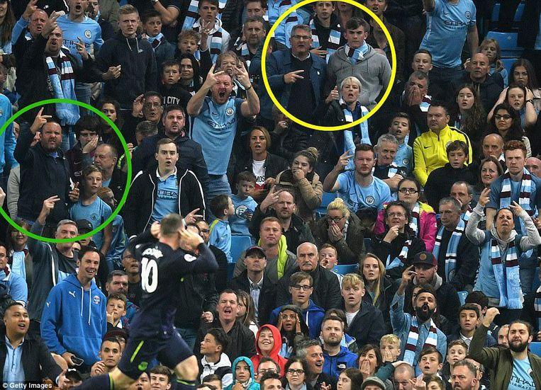Rooney gisteravond na de 0-1 in het Emirates voor Everton. Beeld Getty Images
