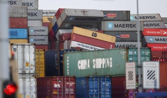 De container verloor zeker 270 containers.