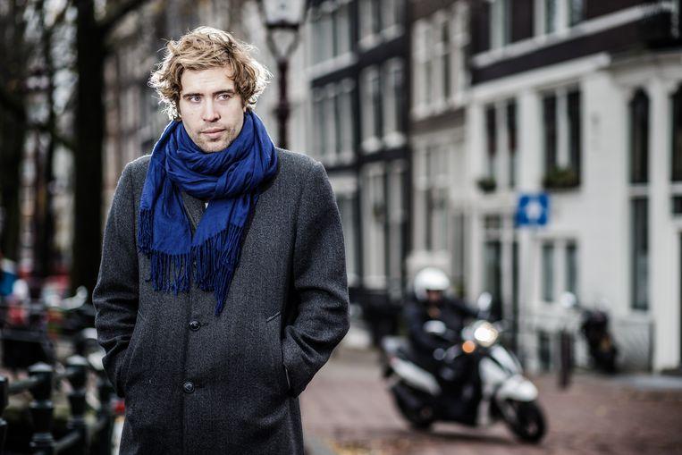 Daan Heerma van Voss: 'Mijn bitcoin ging van achtduizend dollar naar 3.500. Toen ik hem pas had, checkte ik continu de dagkoers. Het heeft iets verslavends.' Beeld Bob Van Mol