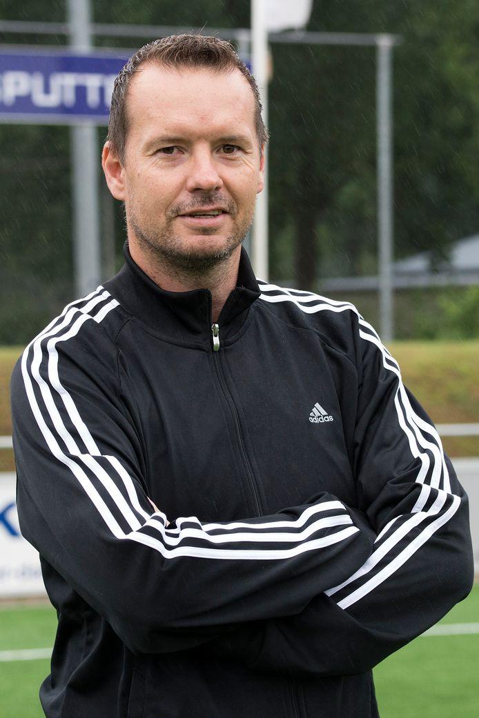 John Kamphuis keert na een jaar weer terug als trainer van NSC Nijkerk.
