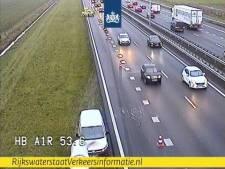 File op A1 richting Apeldoorn: rijstrook dicht na ongeluk bij Barneveld
