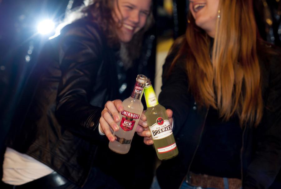 Een van de gedachten achter het IJslandse model:hoe beter jongeren in hun vel zitten, hoe minder ze zullen verlangen naar alcohol of drugs.