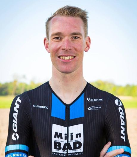 Ambitieuze Roosendaler Erik-Simon Strijk wil triatlon binnen acht uur voltooien